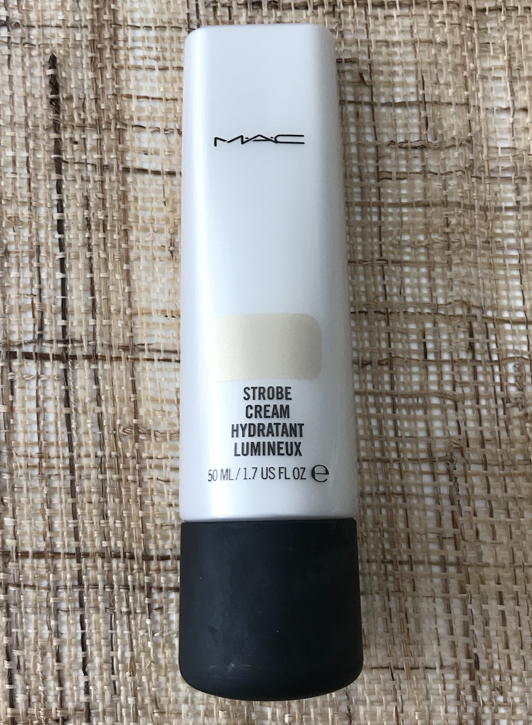 mac cosmetics strobe cream goldlite